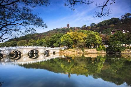 南通:建设上海北大门 打造三港三城三基地的创新之都